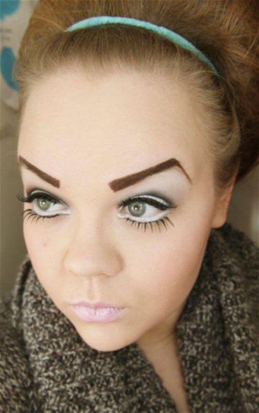 Strange and Weird Eyebrows Fashion