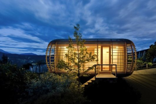 Amazing Sustainable Nomadic Home