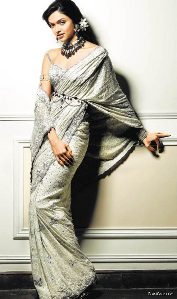 Deepika Padukone Exlcusive Photo Gallery