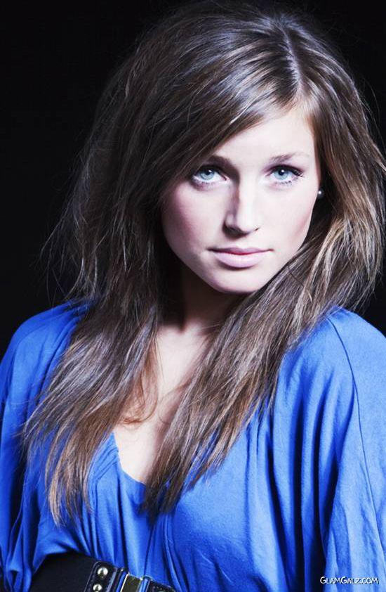 Beautiful Model Maren Photoshoot