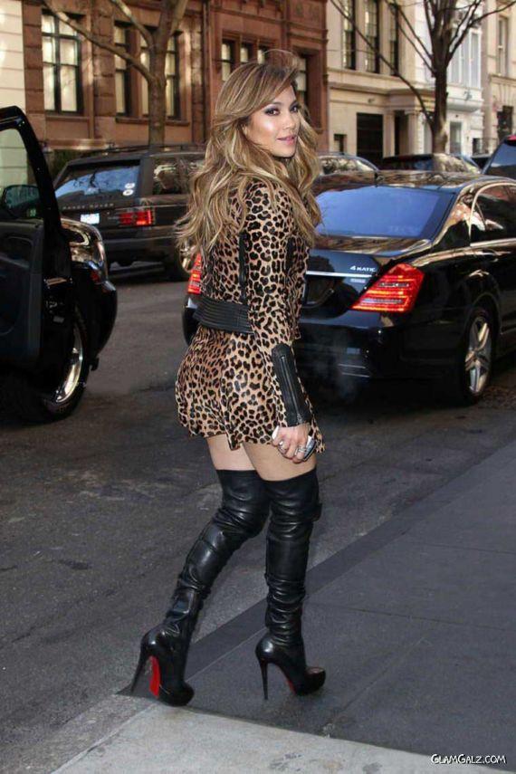Jennifer Lopez In A Leopard Print Dress