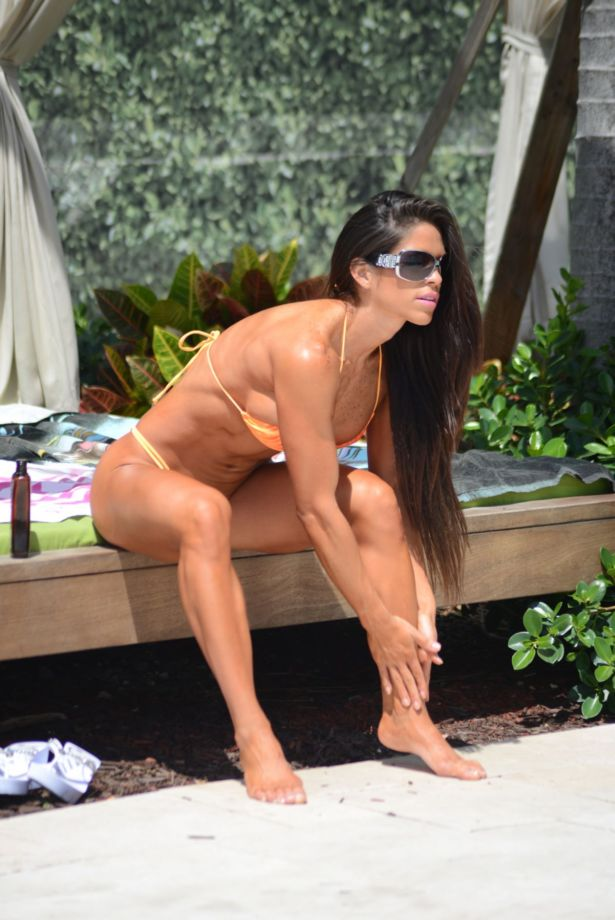 Michelle Lewin On A Vacation In Miami