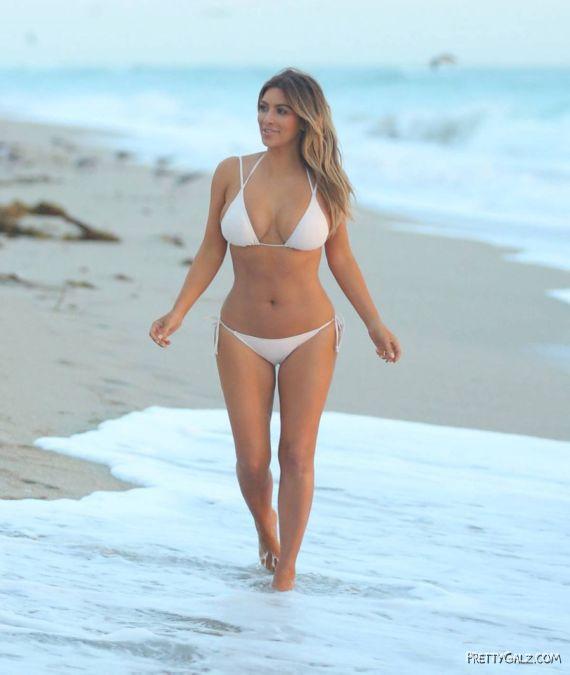 Miss Kardashian Again In Miami
